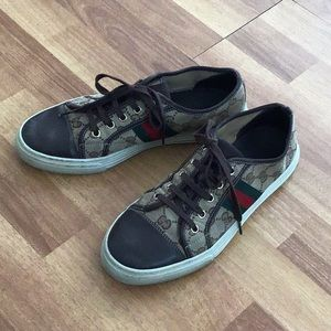Gucci Authentic Sneackers 9